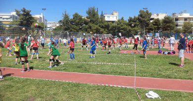 Oι αθλήτριες της Βουλιαγμένης στο τουρνουά βόλεϊ σε χόρτο